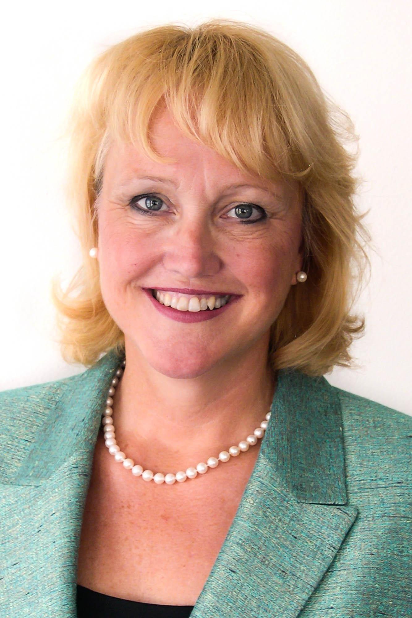 Eileen Dowse
